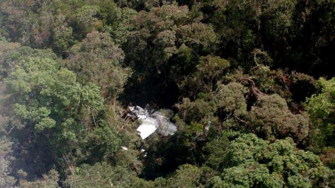 pesawat cassa 212 jatuh