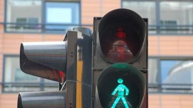 Lampu penyeberangan