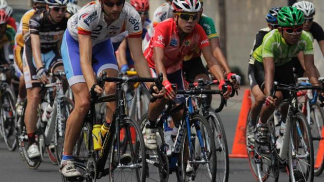 Balap Sepeda Tour De Indonesia