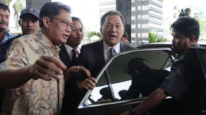 Menkeu Agus Martowardojo Diperiksa KPK Sebagai Saksi Kasus Menakertrans