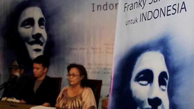 Jumpa Pers Franky Sahilatua Untuk Indonesia