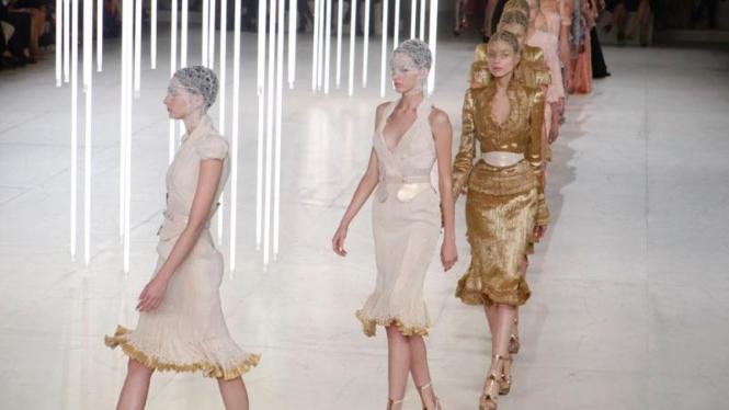 Prancis Fashion Show