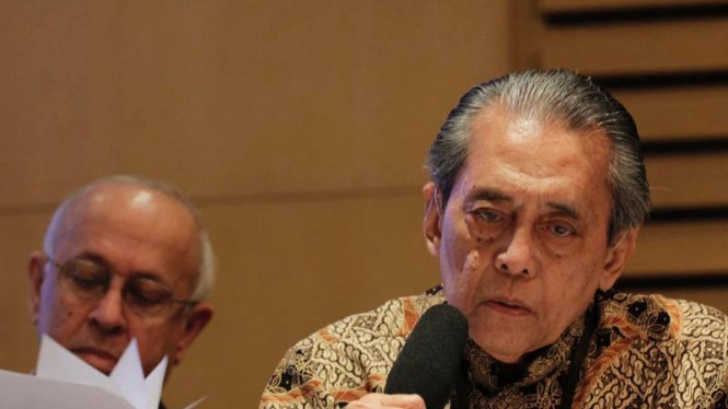 Anggota Komite Etik Mardjono