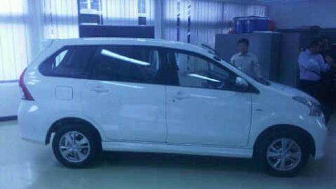 Daihatsu All-New Xenia 2012