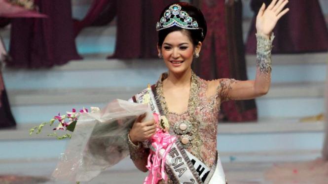 Maria Selena di Grand Final Pemilihan Puteri Indonesia 2011