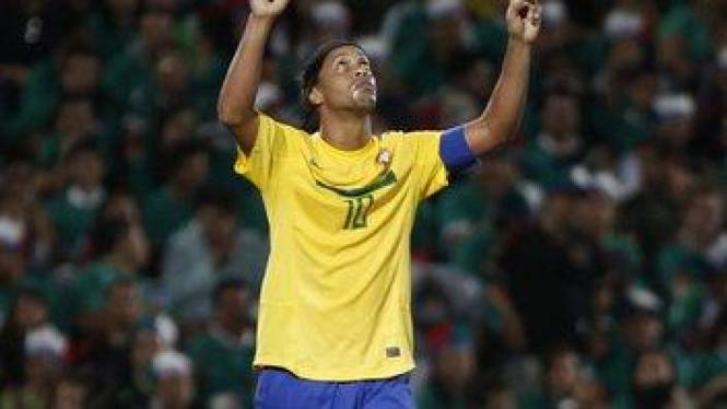 Ronaldinho saat melawan Meksiko