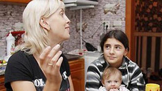 Yuliya Belyaeva ibu dari anak yang tertukar selama 12 tahun di Rusia