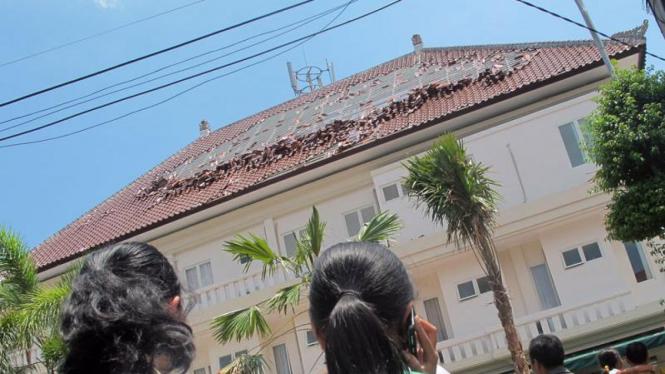 Suasana Gempa Di Bali
