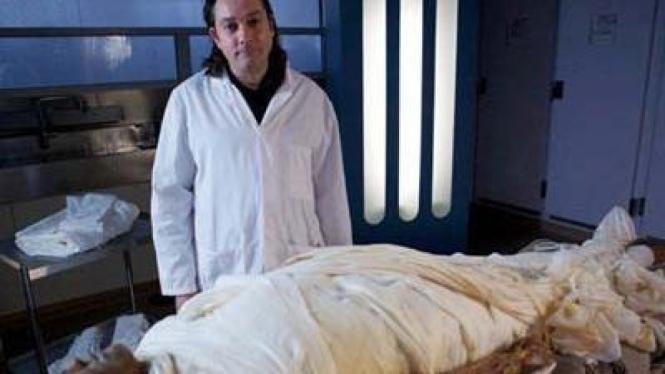 Alan Billis rela tubuh jadi mumi