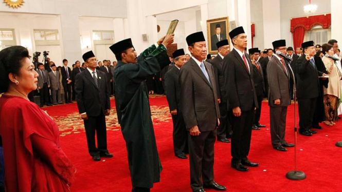 Pelantikan Menteri Kabinet Indonesia Bersatu II