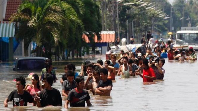 Korban banjir di Provinsi Pathum Thani, Thailand