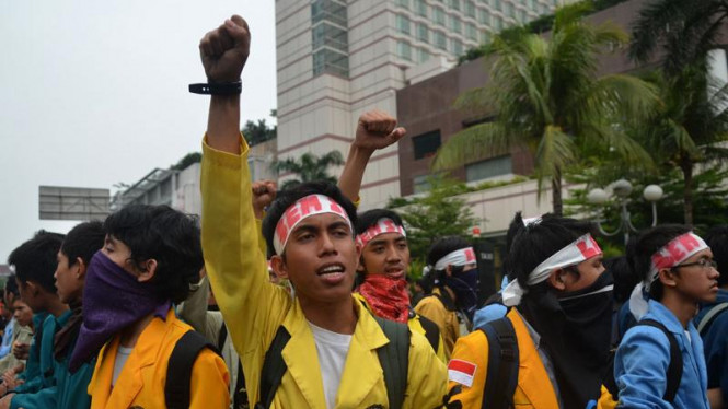 Aksi Demonstrasi Evaluasi Pemerintahan SBY-Boediono, Kamis 20 Oktober 2011