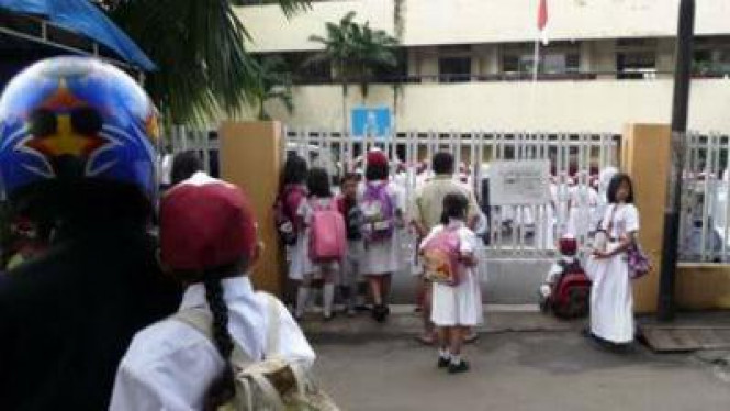 Ilustrasi Terlambat sekolah