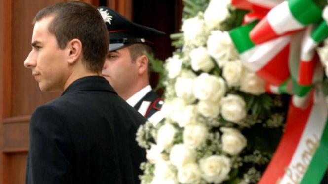 Jorge Lorenzo di acara pemakaman Marco Simoncelli