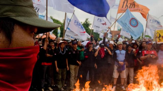 Aksi Demo Buruh Di DPR