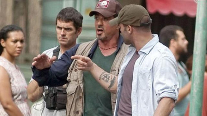 Sylvester Stallone Syuting The Expendables