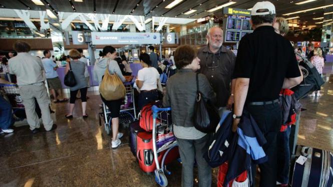 Penumpang Qantas Airways terlantar di Singapura
