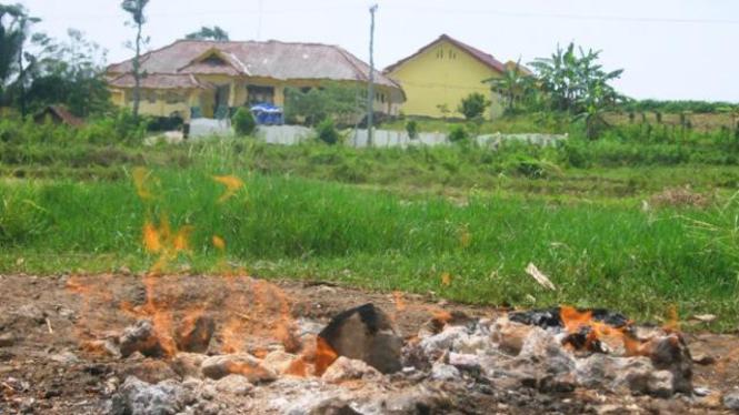 """""""Api Abadi"""" di Tuban"""