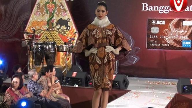 Pesona Batik Koleksi Iwan Tirta