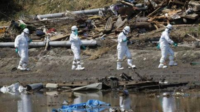 Genangan air di kawasan reaktor nuklir Fukushima, Jepang.