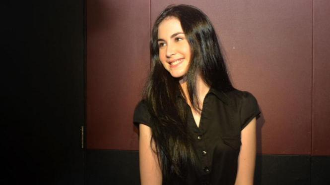 Arumi Bachsin ketika peluncuran film berjudul Musik Untuk Cinta