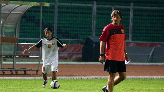 Latihan Timn Nasional Vietnam U-23