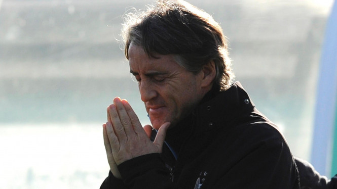 Roberto Mancini di markas latihan Citry di Carrington