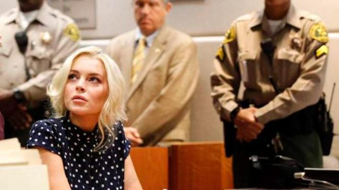 Lindsay Lohan Dihukum 30 Hari Penjara