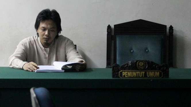 Sidang Perdana Bom Buku, Pepi Fernando