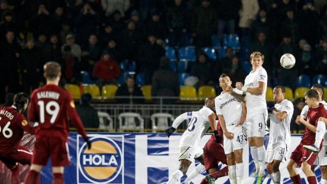 Gol Rubin Kazan, Bibras Natcho ke gawang Tottenham Hotspur