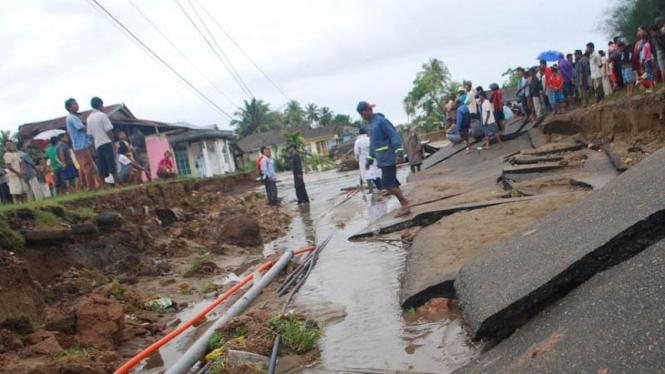 Banjir di Pesisir Selatan , Sumatra Barat