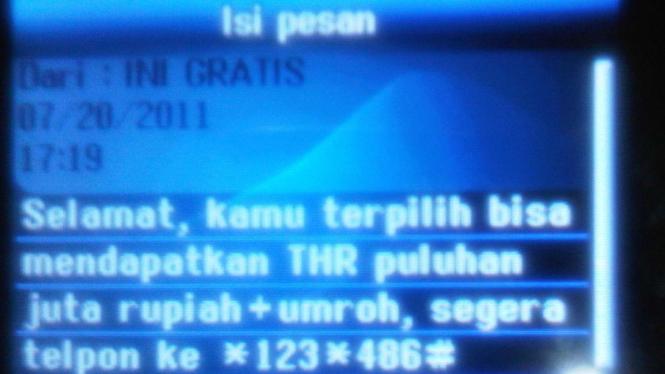 Isi SMS yang diterima Hendry Kurniawan, pelapor pencurian pulsa