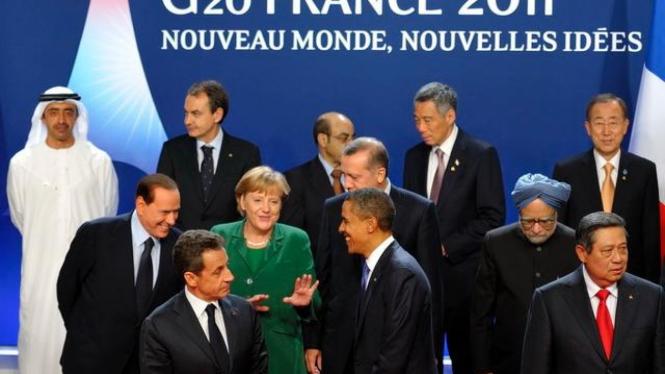 Presiden Yudhoyono (kanan) dalam KTT G20 di Prancis