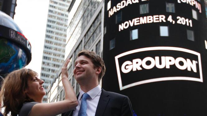 CEO Groupon Andrew Mason dan istrinya, Jenny Gillespie