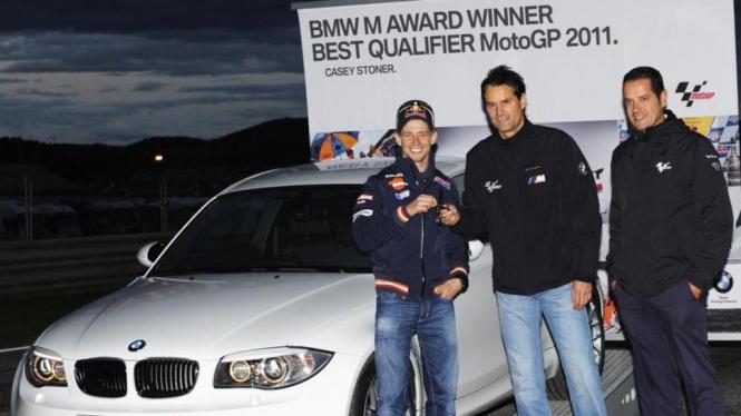 Casey Stoner mendapat BMW 1 Series M Coupe