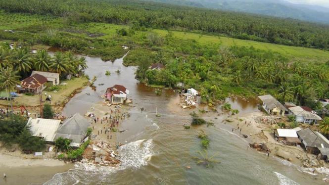 Banjir Bandang  Di Sumatera Barat