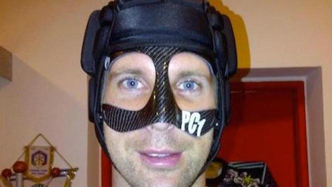 Penampilan baru kiper Petr Cech