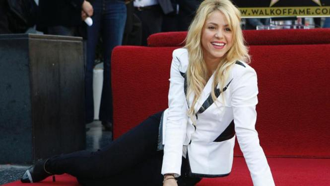 Shakira diabadikan di Hollywood Walk of Fame