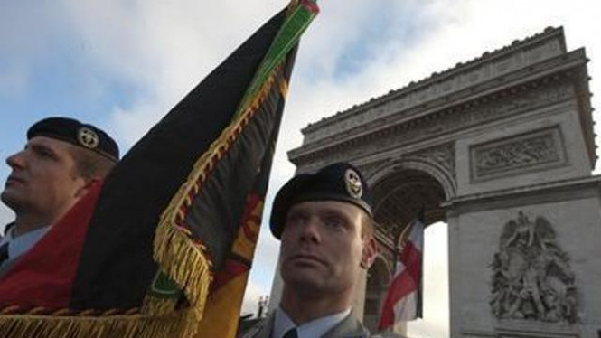 Peringatan berakhirnya Perang Dunia Pertama di Paris