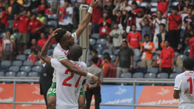 Timnas Sepak Bola Indonesia Taklukan Singapura
