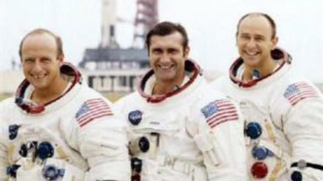 Para awak misi luar angkasa Apollo 12