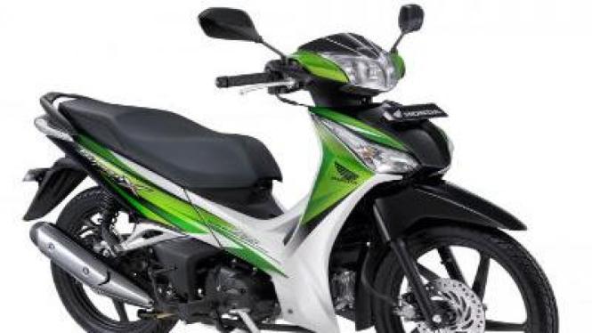 Honda Supra X 125 Helm In