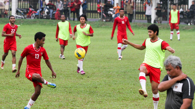 Latihan Tim Nasional U-23 Jelang Melawan Malaysia Di Sea Games 2011