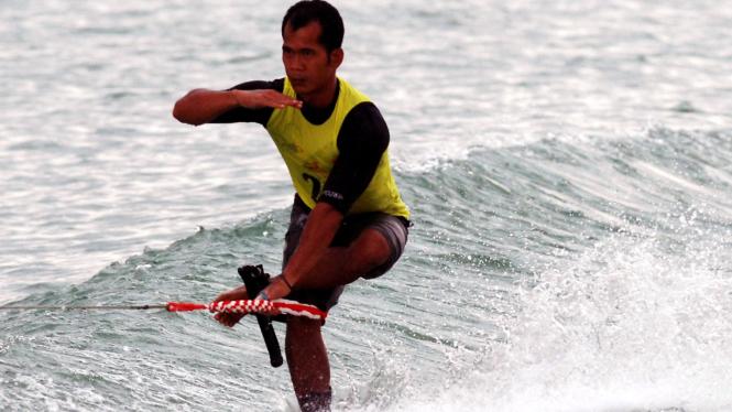 Atlet ski air Andri Muhamad Febiandi