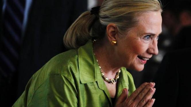 Hillary Clinton saat berada di Thailand