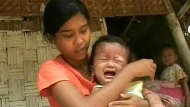 Almariah dan ibunya