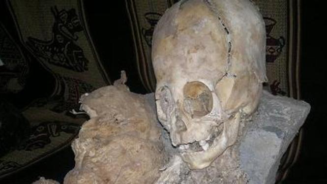 Kepala Raksasa Mumi di Peru