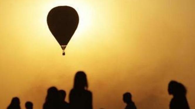 Peluncuran balon udara