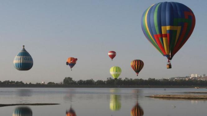 Festival Balon Udara Internasional di Meksiko