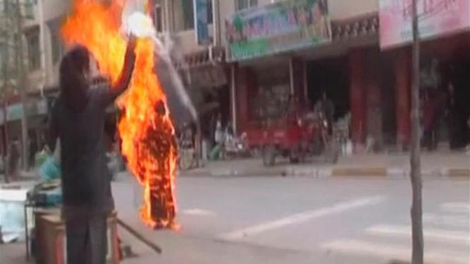 Aksi bakar diri Biksuni Tibet